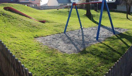 Spielplatz Am Bergsteig Mörslingen (Foto: VG Höchstädt)