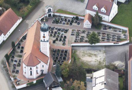 Kirche St. Michael Lutzingen (Foto: STUDIO-E. GmbH; Fotograf Florian Imberger)