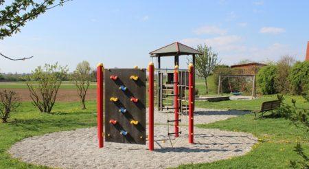 Spielplatz Ensbachsiedlung Höchstädt (Foto: VG Höchstädt)
