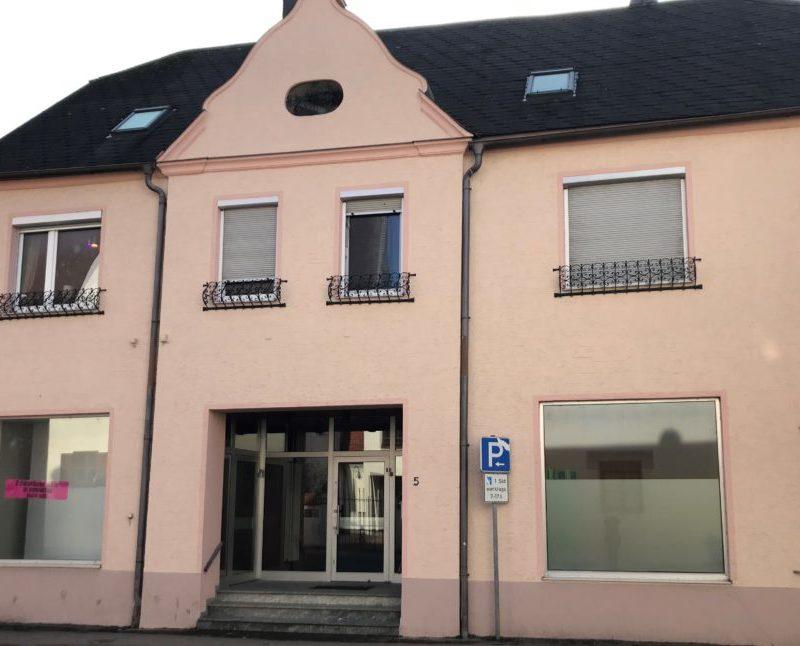 Hausfront Dillinger Straße 5 (Bild: Stadt Höchstädt)