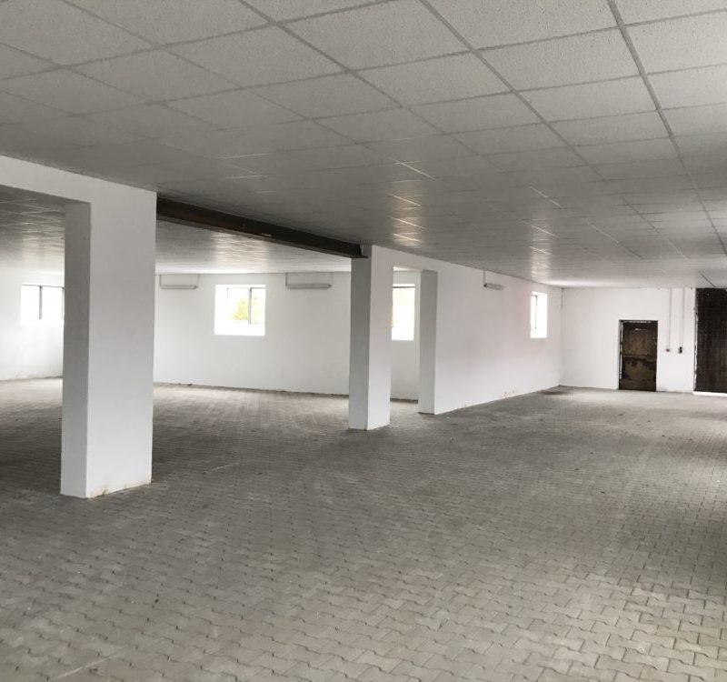 Objekt 400 m² - Innenraum (Bild: Stadt Höchstädt)