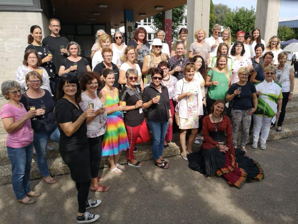 Die Ausstellerinnen und Macherinnen der Frauenwelt 2019 (Foto: Claudia Kohout, Stadt Höchstädt)