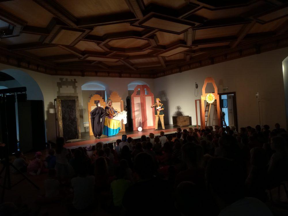 Ferienprogramm Theater Fritz und Freunde (Foto: Lutmayr, VG Höchstädt)