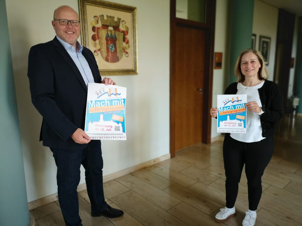 Auf dem Bild: Patricia Tremmel und Bürgermeister Gerrit Maneth (Foto: Claudia Kohout)